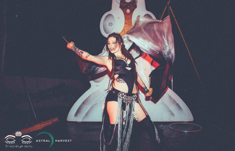 Gamma Ra Vancouver Circus Artist